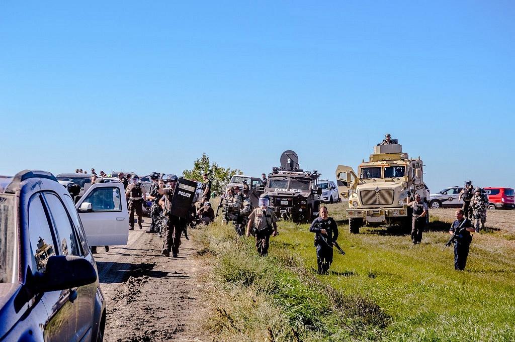 Standing_Rock_Police